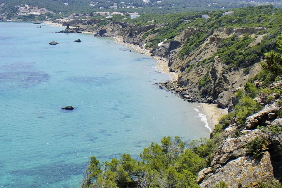 Ibiza Island Tours   around the villages and beaches of the North     Arno Lippert