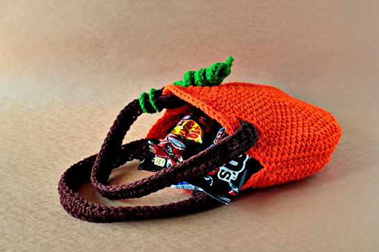 crochet pumpkin purse pattern, crochet trick or treat pumpkin purse pattern, pdf pattern, pdf pattern with pictures, pdf tutorial
