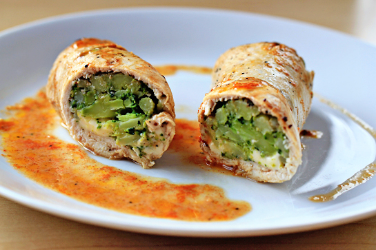 broccoli-and-cheese-stuffed-chicken-rolls-recipe
