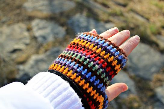 crochet-fingerless-gloves
