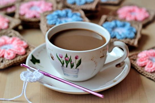 random-joy-crochet-cup-of-coffee