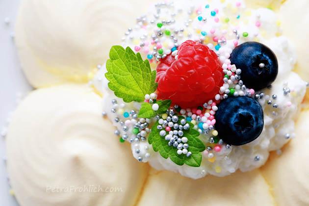 colorful-flower-pavlovas-recipe