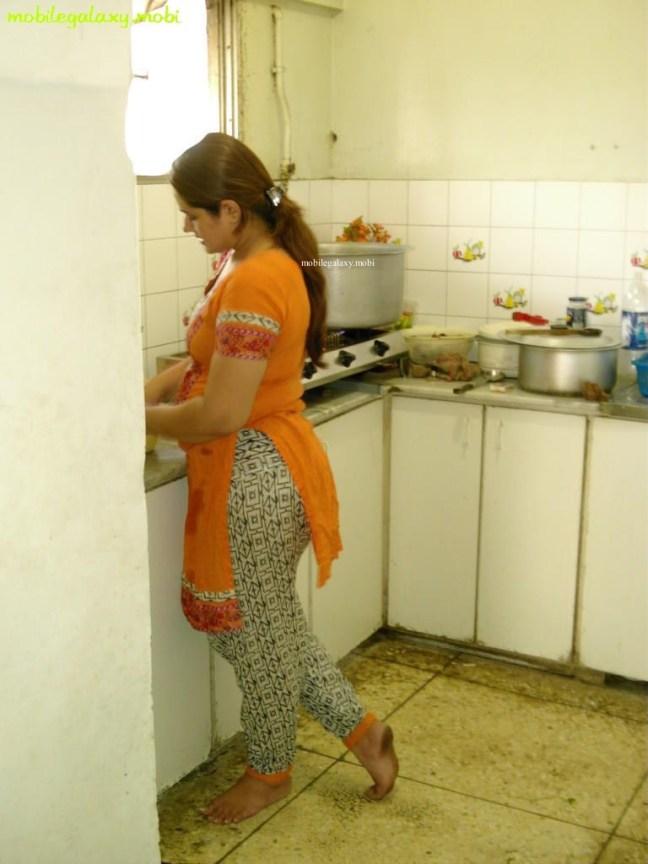 tight salwar back