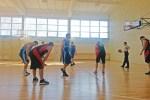 Koszykarze wykazują się zdecydowaną wolą walki