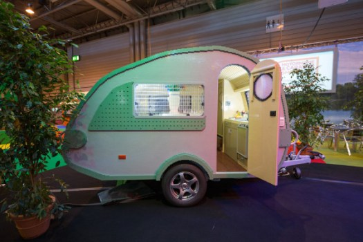 LEGO-brick-caravan-NCC-Bright-Bricks-1