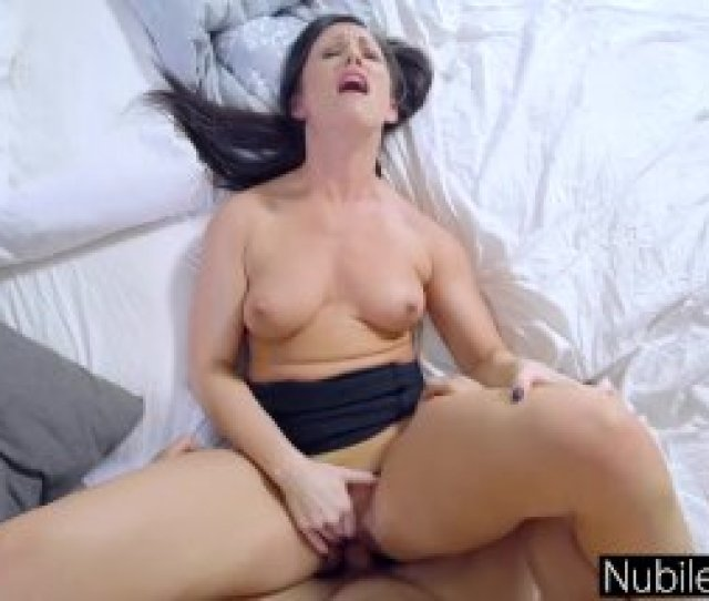 Stepmom Wakes Sleeping Son For Lollipop And Internal Ejaculation S7e2