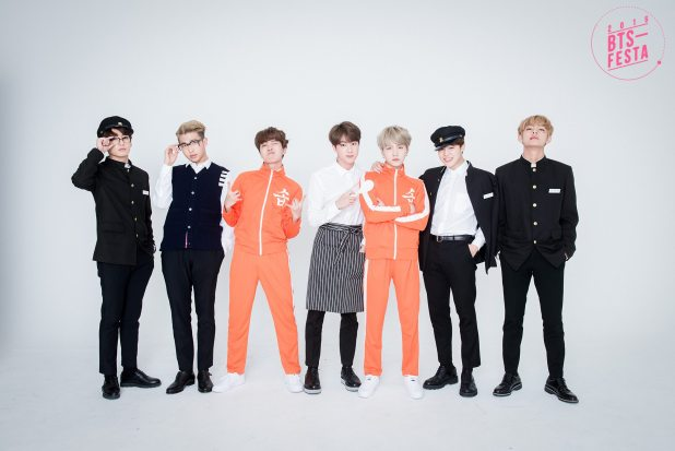 BTS FESTA 2016 BTS 3rd Anniversary 'Real Family Picture' 17
