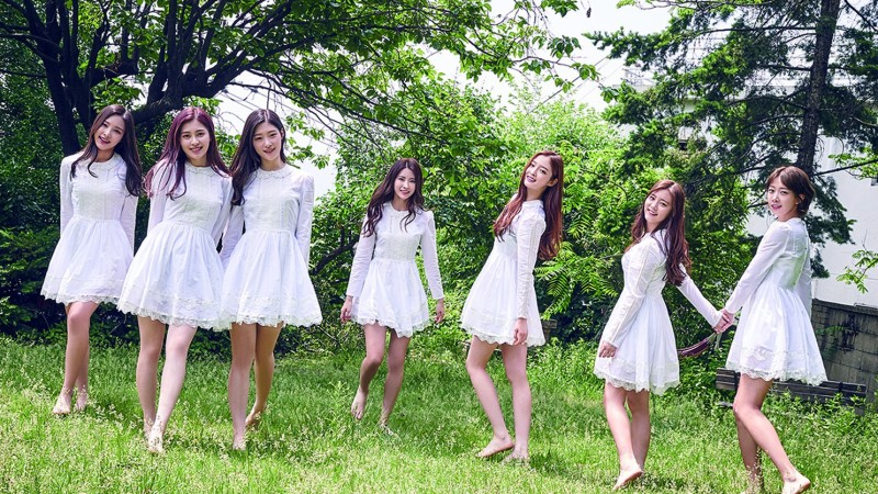 DIA Records Song With Fans For New Album