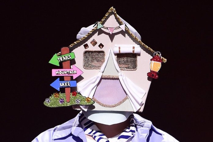 "- Camping Boy - Skilled Dancer Of Popular Idol Group Impresses With His Vocals On ""King Of Masked Singer""  - Camping Boy - Skilled Dancer Of Popular Idol Group Impresses With His Vocals On ""King Of Masked Singer"""