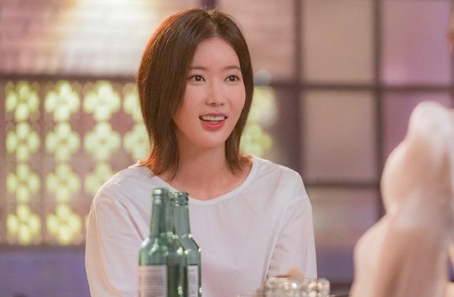"- Im Soo Hyang 1 - ASTRO's Cha Eun Woo, Im Soo Hyang, And Park Joo Mi Meet At A Pub In ""My ID Is Gangnam Beauty""  - Im Soo Hyang 1 - ASTRO's Cha Eun Woo, Im Soo Hyang, And Park Joo Mi Meet At A Pub In ""My ID Is Gangnam Beauty"""