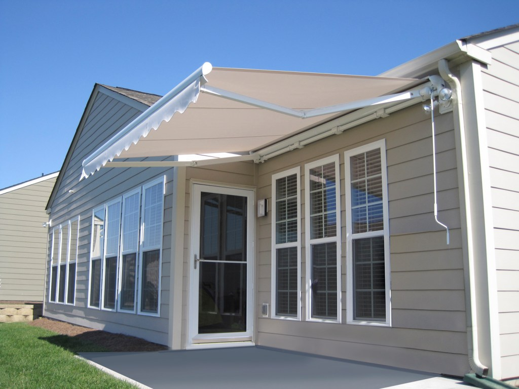 RETRACTABLE AWNING BY BETTERLIVING AWNINGS OF PITTSBURGH