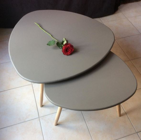 table basse ovale tripode style scandinave