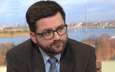 WAZ: NRW-SPD-Chef Kutschaty warnt vor schnellen Privilegien für Geimpfte