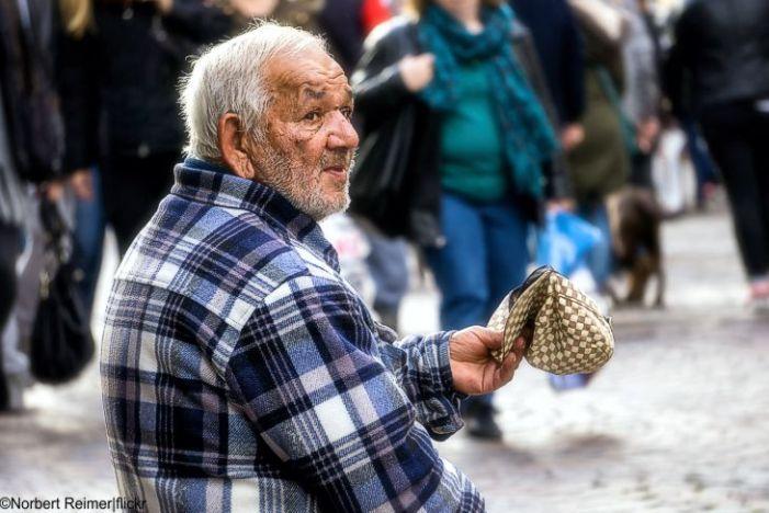 Armutsgefährdung von über 75-Jährigen stark gestiegen