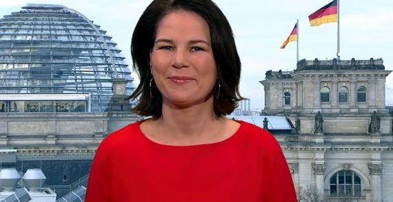 Baerbock warnt CDU vor Annäherung an die AfD