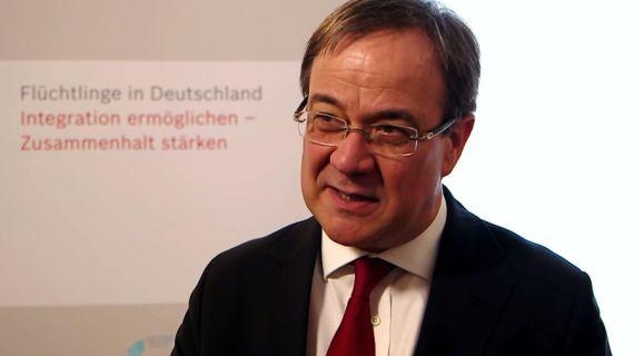 Staubsaugervertreter verkaufen Staubsauger – Volksvertreter? Armin Laschet im Wahlkampfmodus