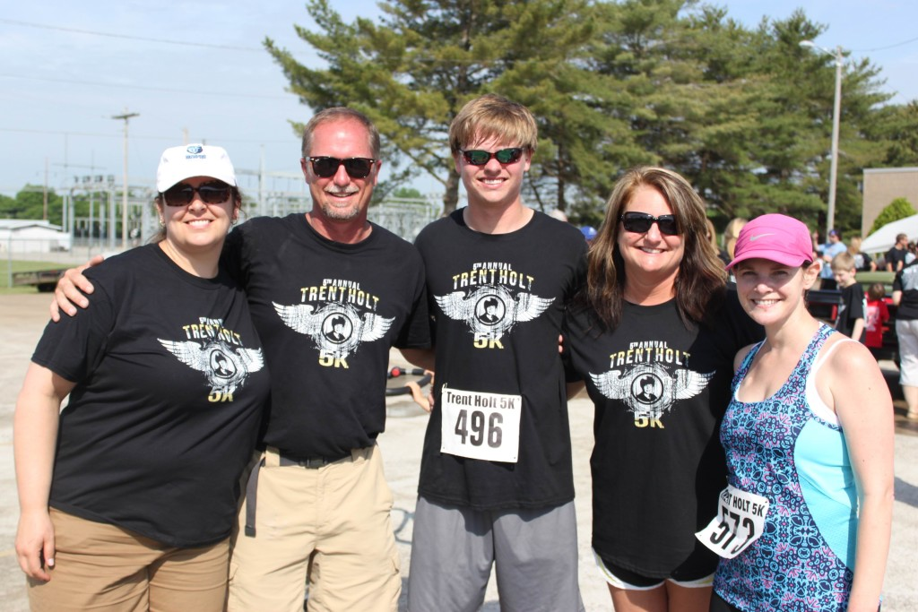 Trent Holt 5k: Erin Curry, Richard Holt, Zach Holt, Leigh Ann Holt, and Lauren Nickles