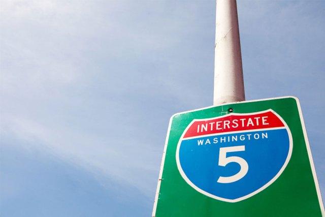 I5 Road sign