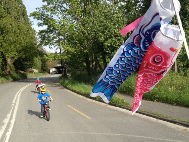 Madi Carlson's sons biking
