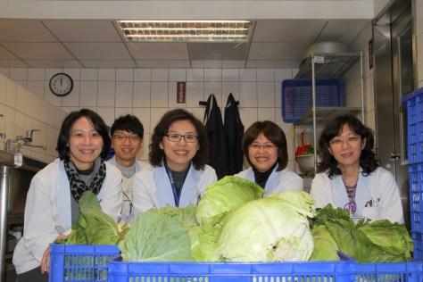 0221有機蔬菜捐贈合照