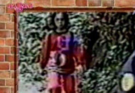 紅衣女孩二