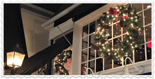 ...while Tavern on Main boasts its traditional lamp, and a gorgeous wreath.