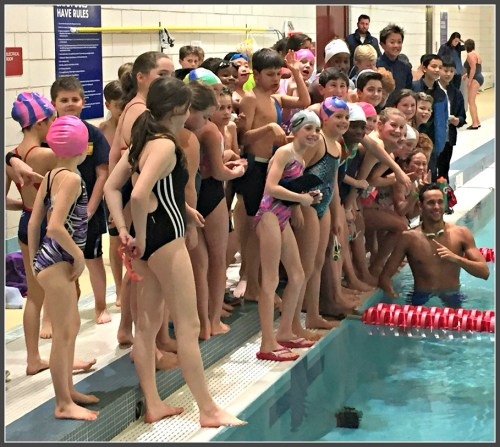 Chad le Clos (in the water) with Westport Y Water Rat swimmers.