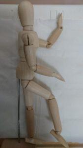 c1724e555eb667178dff92c6c4973161 e1492463171315 169x300 - たった2つ!超簡単!寝ながら腰痛改善ストレッチの方法とは?