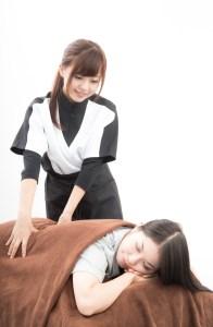 OMG151007259280 thumb autox1600 22241 196x300 - 【腰痛】ぎっくり腰の痛みを治す方法!もうならないための対処法も!