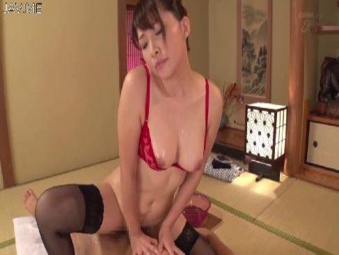美乳で美尻の極上美人妻がぬるぬるソープセックスをしてるおまんこなひとずま動画 ミラー