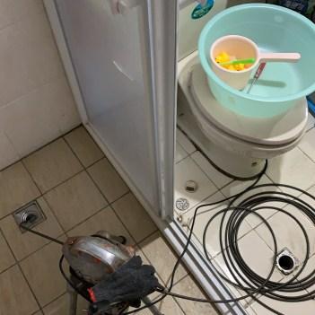 阿威通管行 大安區浴室排水孔堵塞