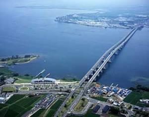琵琶湖大橋
