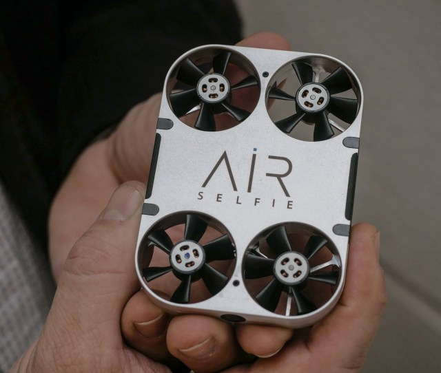 Hands On With Airselfie A Mini Selfie Drone Thats On Sale Now Digital Photography Review