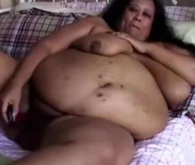 Super Sized Ample Cool Gal Ssbbw Plays With Her Ginormous Cunt