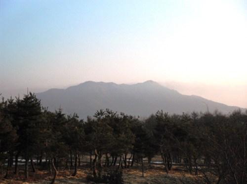 日本二百名山「御正体山」(道坂ピストン)