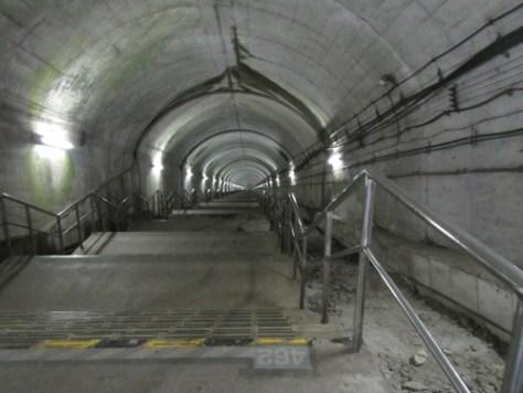 上越線「土合」駅