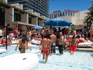Pool scene in vegas