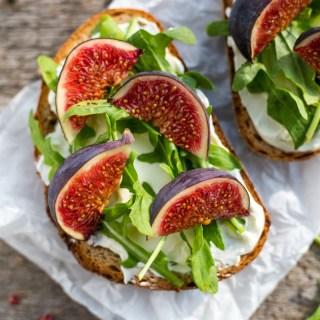 Healthy Sweet & Spicy Cream Cheese Lunch Sandwich