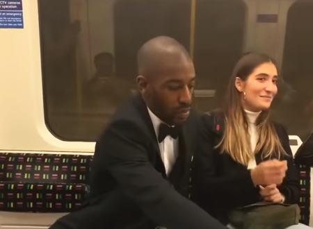 ロンドンの電車内でオシャレすぎるナンパ方法が披露される。これはニヤけたwww