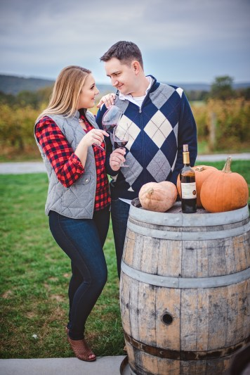 breuax-vineyard-engagement-session-12
