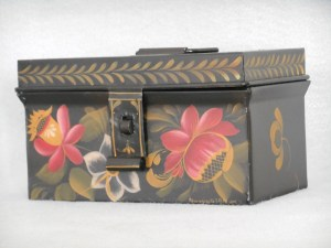 Daffodil Document Box
