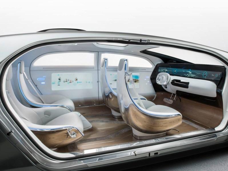 Mercedes F 015 voiture autonome