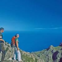 Individuelle Wanderurlauber entdecken Serra Tramuntana und Serra Llevant