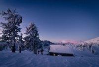 In Österreichs Wanderdörfer einsame Winterlandschaften erkunden