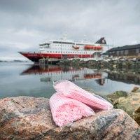 Hurtigruten sagt Plastik den Kampf an: Bann von Einwegplastik auf allen Hurtigruten Schiffen