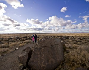 Grimes-Point Archeological Site ©TravelNevada