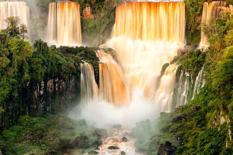 Iguacu Falls ©Rodrigo Mantovani Embratur