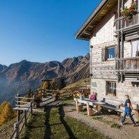 """Südtirol hautnah erleben mit den """"Almgschichten"""""""