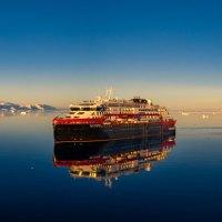 Hurtigruten Expeditions kehrt mit zwei Schiffen in die Antarktis zurück