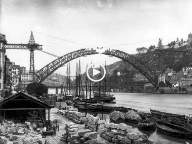 À beira rio, Porto e Gaia em tempos idos
